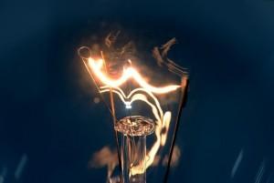 light-bulb-802667_640